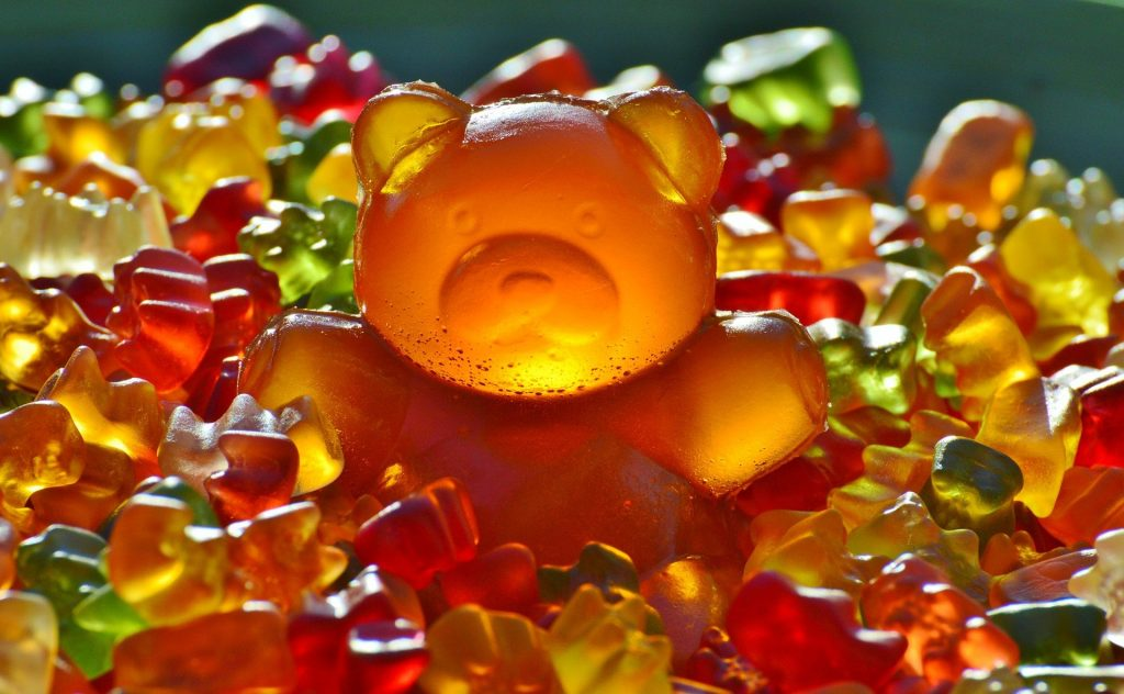 giant gummy bear - Alexas Fotos